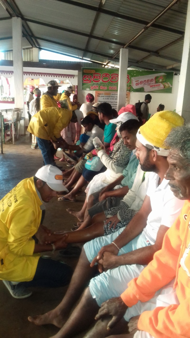 Siddhalepa initiates new garbage management measures and creates their second first aid camp at Sri Pada